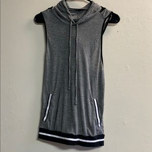 Forever 21 hooded workout tank top open back Small